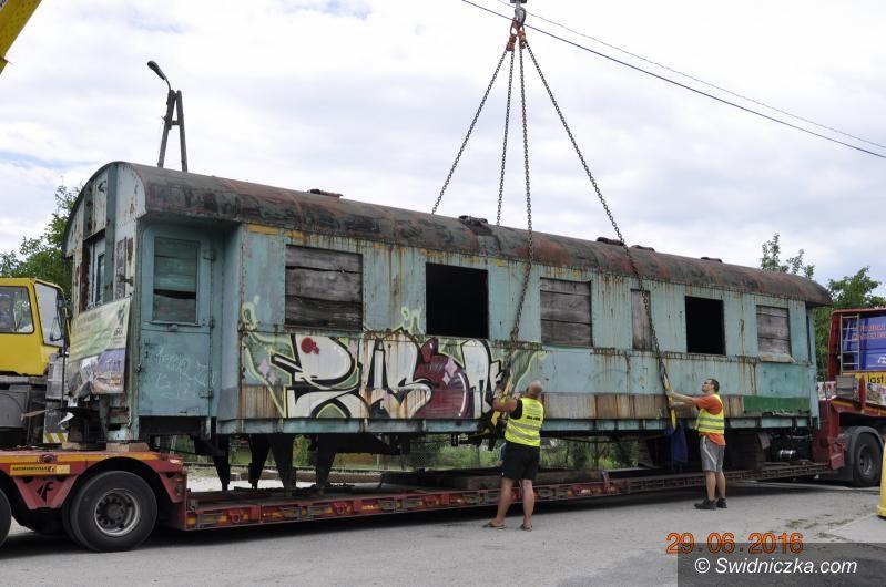 Jaworzyna Śląska: Ratują kolejowe zabytki