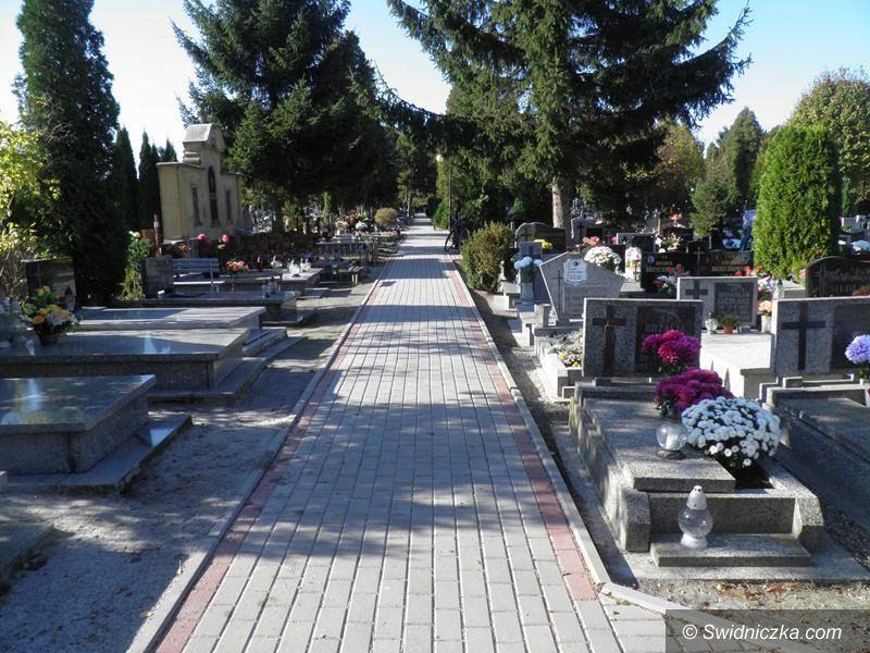 Żarów: Nieopłacone groby będą likwidowane