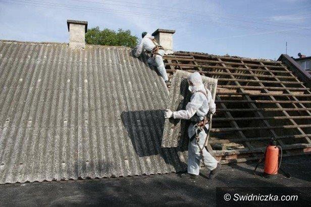 Dobromierz: Usuwają azbest w gminie Dobromierz