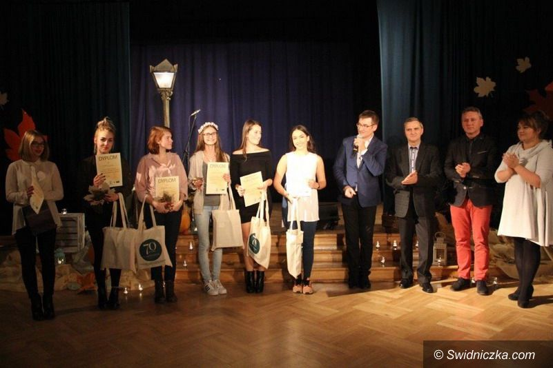 Świdnica: Magiczne iluminacje piosenki poetyckiej w Trójce
