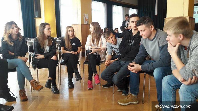 powiat świdnicki: Wybory radnego z LO w Świebodzicach do Młodzieżowego Sejmiku Województwa Dolnośląskiego
