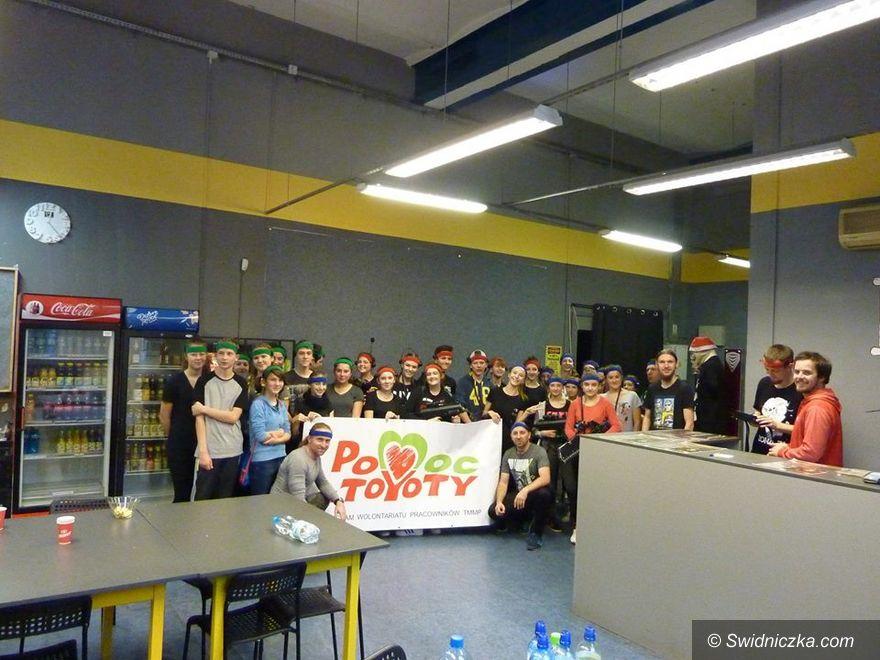 Jaworzyna Śląska: Klub Młodzieżowy na polu walki