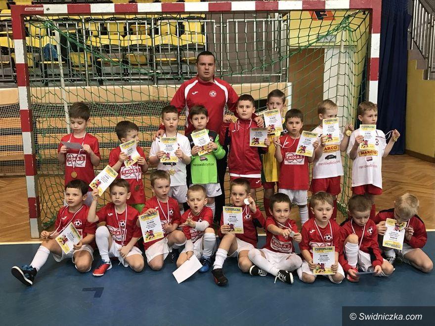 Świebodzice: Wspaniała zabawa młodych piłkarzy