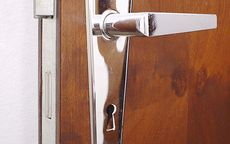 Świebodzice: Okradziony podczas snu właściciel mieszkania stracił sprzęt elektroniczny