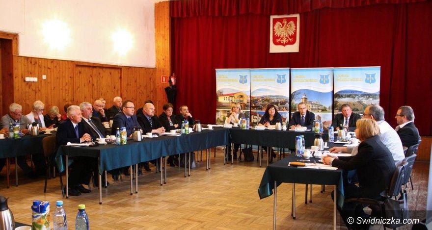 Dobromierz: Będą nowe chodniki w gminie Dobromierz