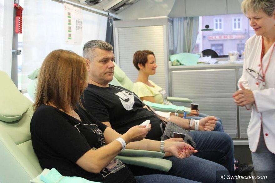 Świebodzice: Krwiodawcy też zostali obdarowani