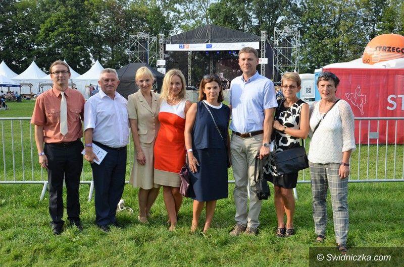 Morawa: Morawa w centrum wydarzeń