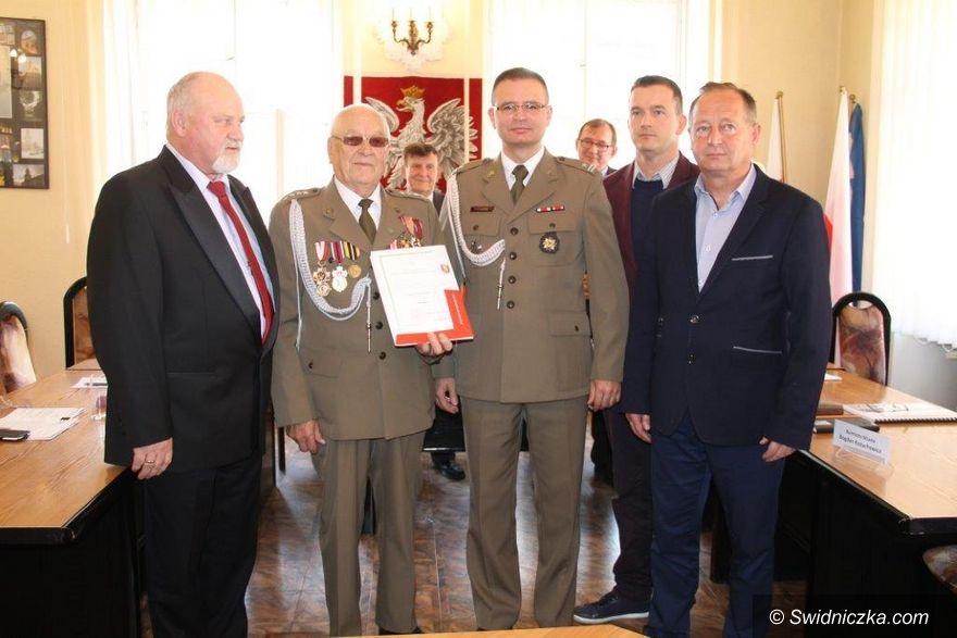 Świebodzice: Nominacja dla wyjątkowego żołnierza