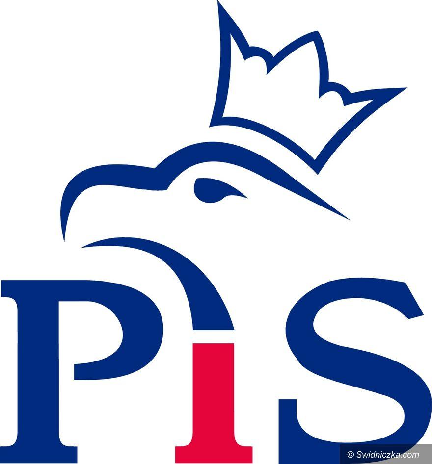 Kraj: PiS wkracza w Nowy Rok z dużą przewagą