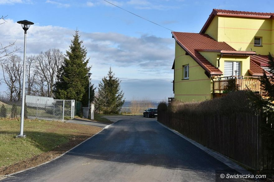 Mokrzeszów: Droga w Mokrzeszowie wyremontowana