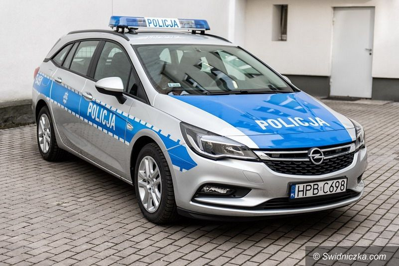 Świdnica: Nowy radiowóz dla policji