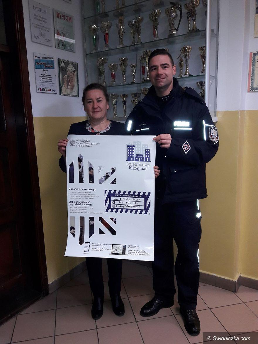 Świdnica/powiat świdnicki: Policjanci odwiedzili szkoły