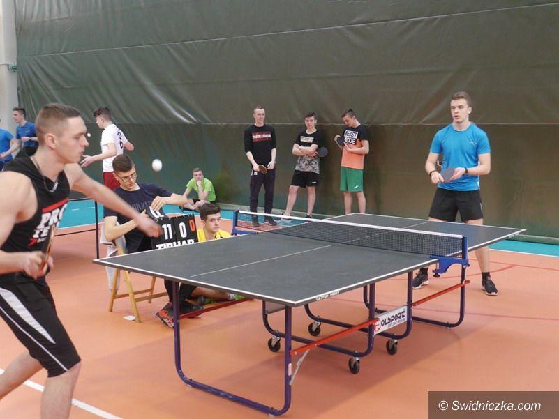 Strzegom: Sukcesy licealistów w tenisie stołowym