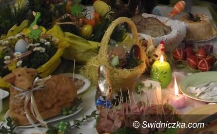 Kraj: Wierni święcą pokarmy