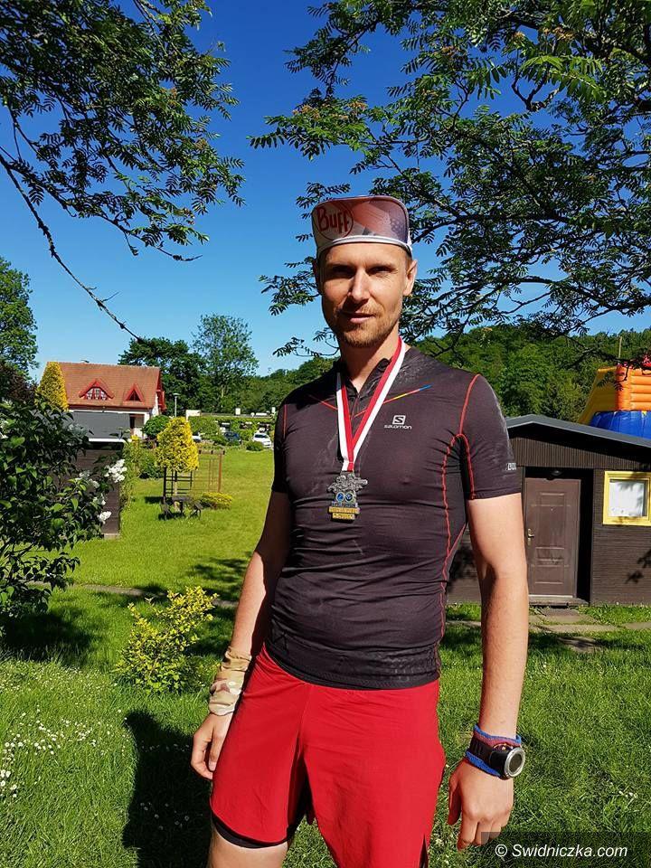 Świdnica: Funkcjonariusz ze Świdnicy wybiegał VI miejsce w III KRS Formoza Ultramaratonie Kaszubskim