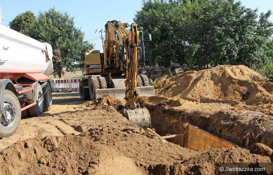 Gniewków: Jak idzie budowa kanalizacji?