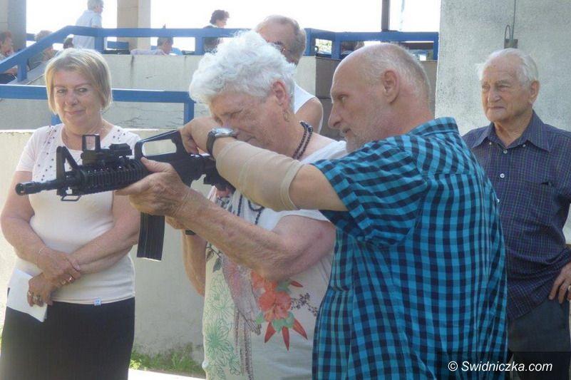 Strzegom: Seniorzy strzelali