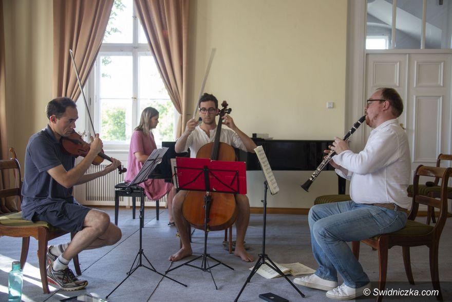 """Krzyżowa: Międzynarodowy Festiwal Muzyki Kameralnej """"Krzyżowa–Music. Music for Europe"""