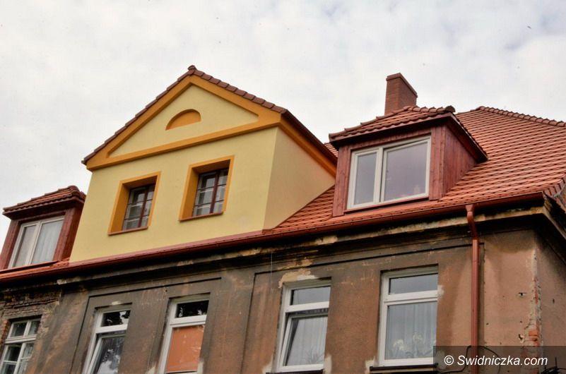 Żarów: Budynek przy ul. Zamkowej w Żarowie po odbiorze technicznym