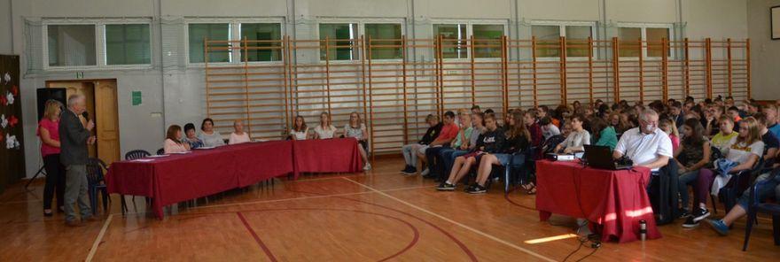 Gmina Marcinowice: Czytanie z ukłonem dla ojczyzny