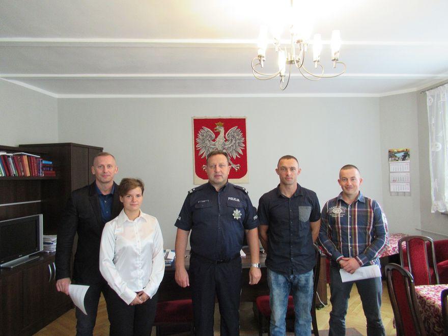 powiat świdnicki: Komenda Powiatowa Policji w Świdnicy przyjęła w swoje szeregi nowych policjantów