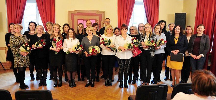 Świdnica: Pracownicy socjalni nagrodzeni