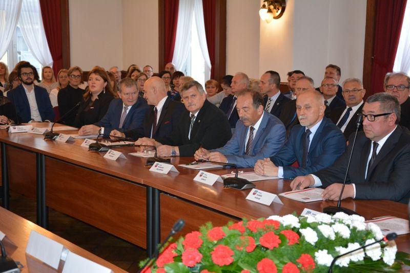Strzegom: I sesja Rady Miejskiej kadencji 2018–2023 w Strzegomiu