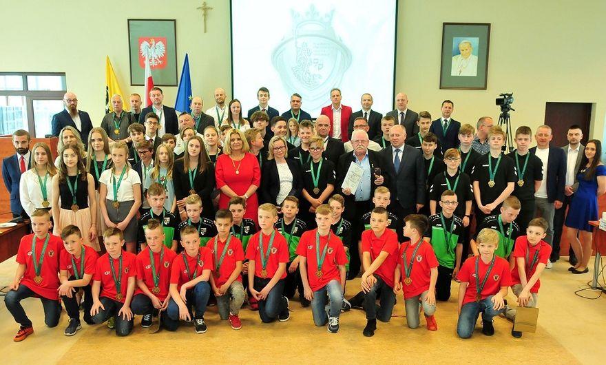 Świdnica: Świdniccy sportowcy, trenerzy i działacze nagrodzeni