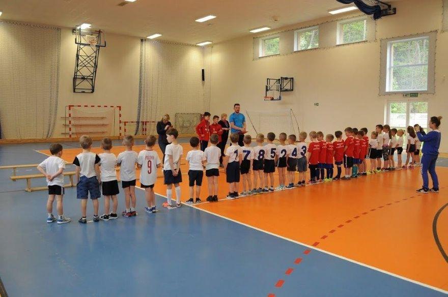 Bystrzyca Górna: Przedszkolaki w piłkę kopią