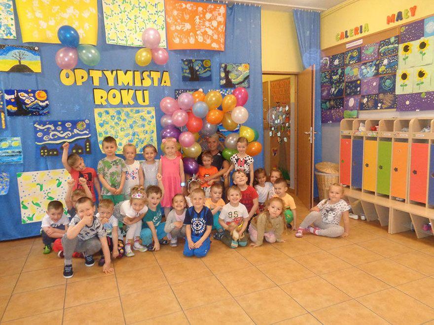 Żarów: Święto Optymizmu w Bajkowym Przedszkolu