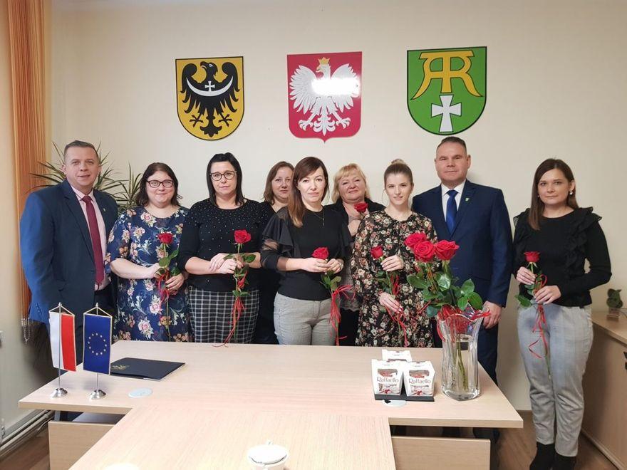 Gmina Marcinowice: Życzenia dla pracowników