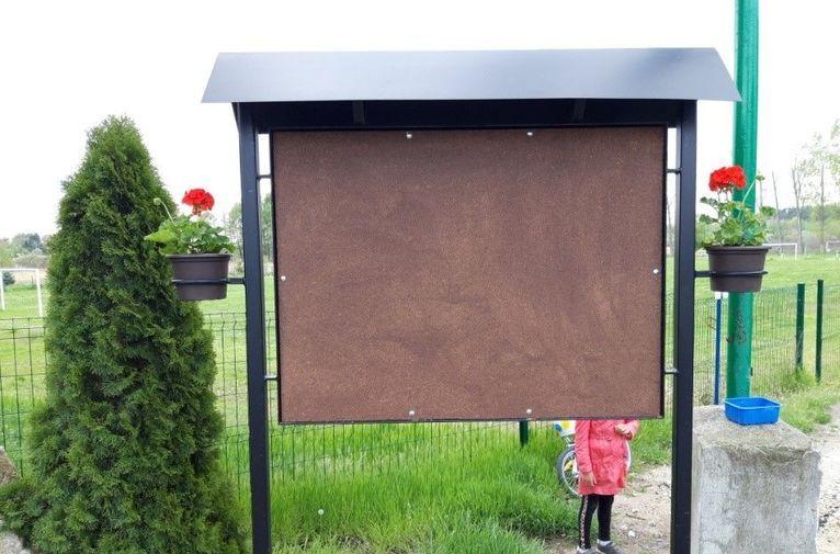 Mrowiny: Nowe tablice