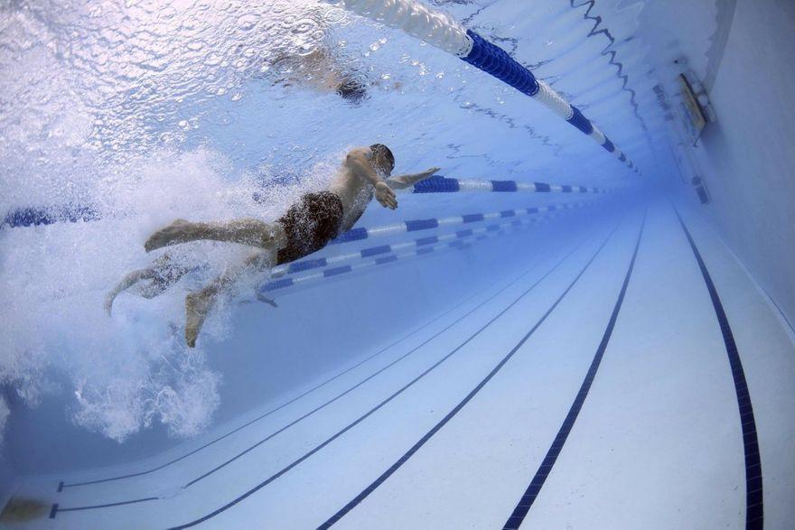 Marcinowice: Umieją pływać