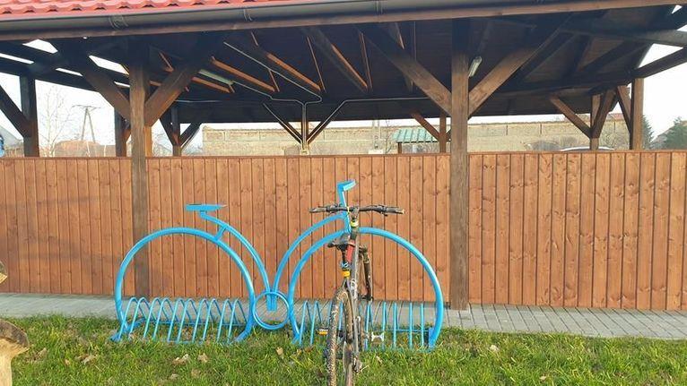 Kalno: Stojaki na rowery