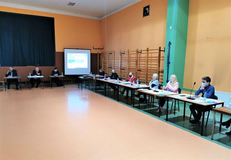 Żarów/Mrowiny: Zmiany w szkołach